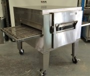 Lincoln  Gas Pizza machine Conveyor oven