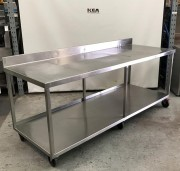 Stainless Steel Work Bench with Can-Open