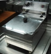 BENCHTOP FRYERS USED