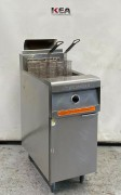 FREE STANDING GAS FRYERS USED